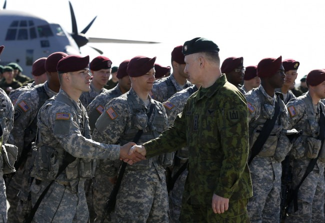 140426-us-army-come-lithuania-07-lithuania-defence-chief