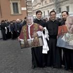 Giáo hội Rome đã có thêm 2 vị thánh giáo hoàng mới