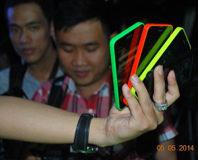 140505-phphuoc-nokia-lumia-630-launch-hcm-05_resize