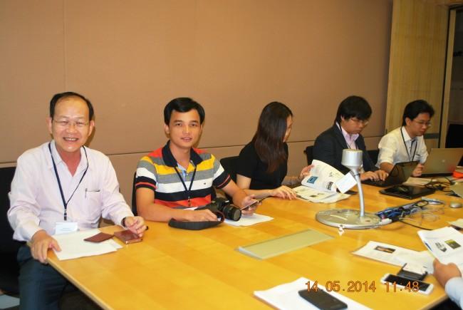 140513-15-phphuoc-microsoft-singapore-072_resize