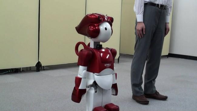 hitachi-EMIEW2-robot-02
