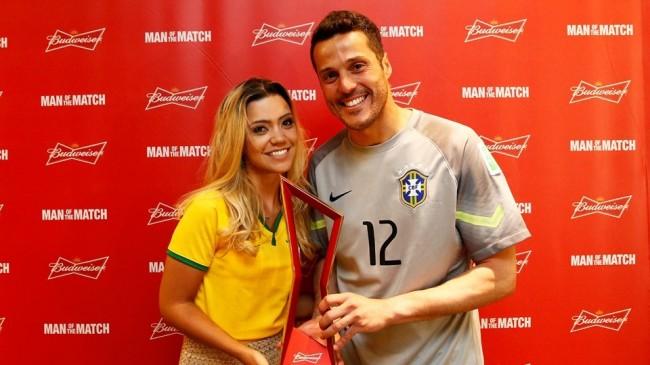 140628-brazil-goalkeeper-award