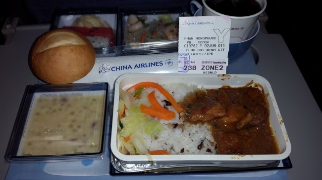 20140602-phphuoc-meal-in-flight-hcm-taipei_resize