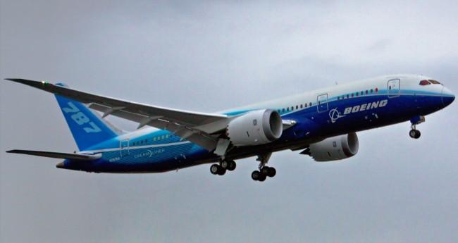 Boeing_787_Dreamliner-2