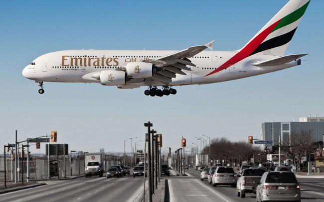 Emirates-Airline-Airbus-A380