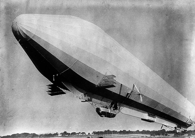 Zeppelin-LZ7_passenger-airship