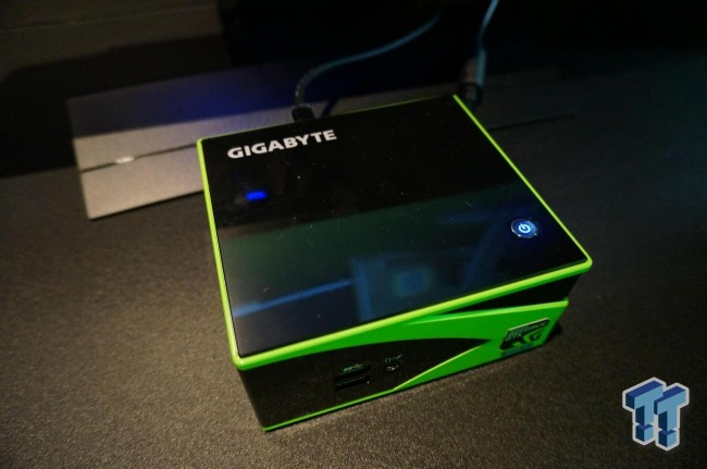 gigabyte-brix-gaming-green-4