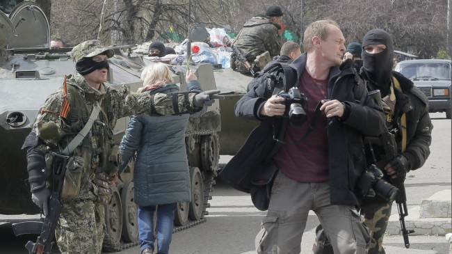 journalist-in-ukraine-crisis-june 014-02