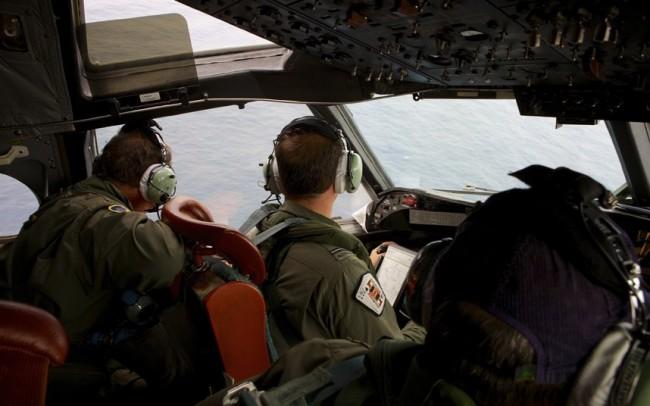 malaysia-mh370-hunting-04