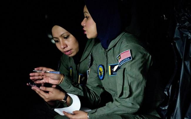 malaysia-mh370-hunting-10