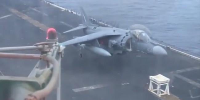 140607- Landing Jet After Gear Malfunction-02