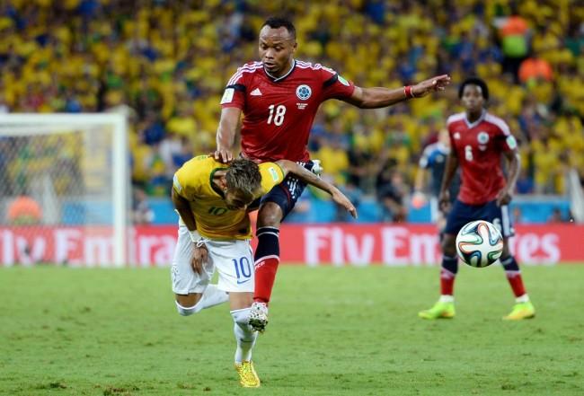 140704-world-cup-brazil-neymar-injury-01-zuniga