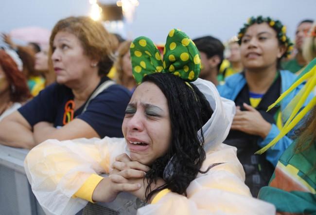 140709-world-cup-brazil-lost-11