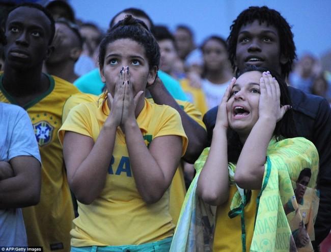 140709-world-cup-brazil-lost-43