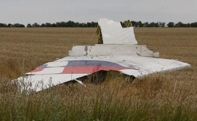 140717-flight-mh17-shut-down-ukraine-03
