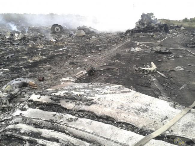 140717-flight-mh17-shut-down-ukraine-06