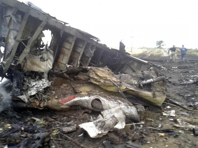 140717-flight-mh17-shut-down-ukraine-07