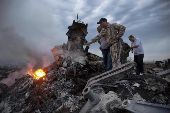 140717-flight-mh17-shut-down-ukraine-13