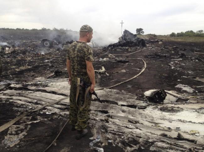 140717-flight-mh17-shut-down-ukraine-16
