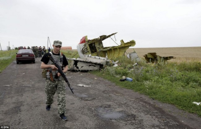 140718-flight-mh17-shut-down-ukraine-15