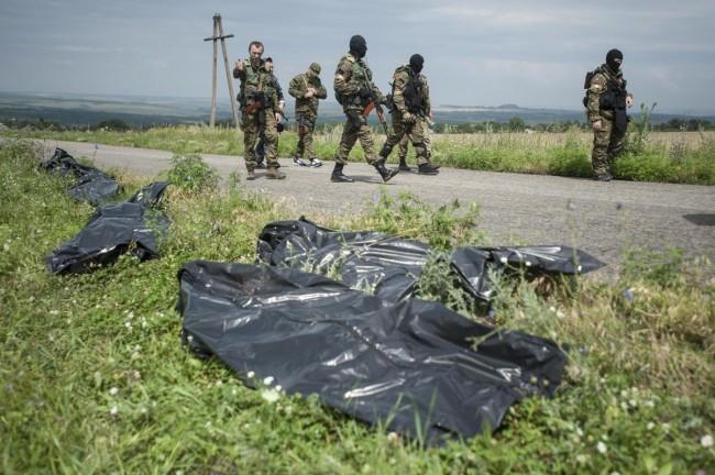 140719-ukraine-mh17-shot-down-04