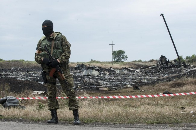 140719-ukraine-mh17-shot-down-05
