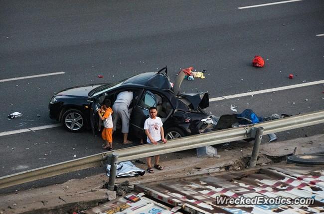 140720-truck-crash-in xiamon-china-04