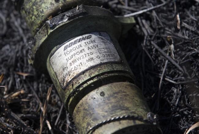 140721-ukraine-mh17-shot-down-11