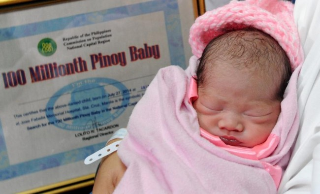 140727-philippines-100 millionth baby-01