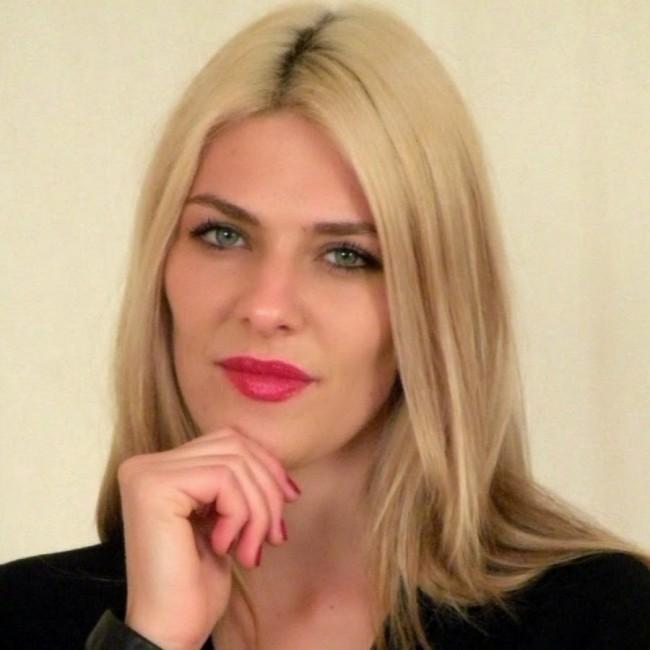 Fatima Dyczynski-01