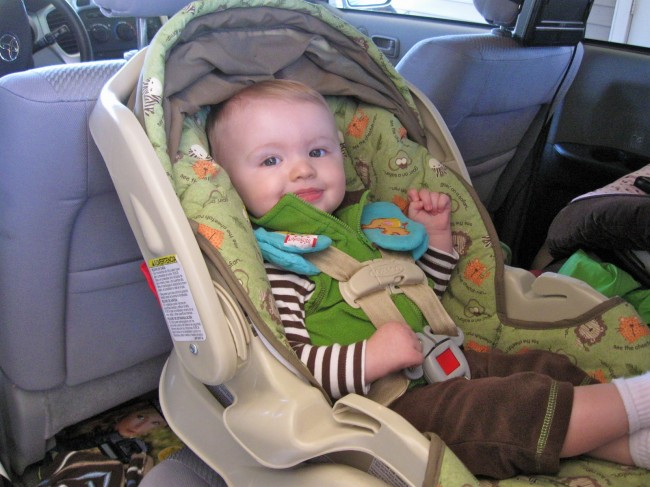 baby-in-car-2