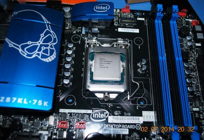 cpu-intel-pentium-g3258-03_resize
