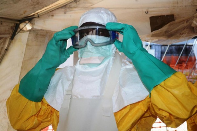 140628-ebola-virus-conakry-guinea-01