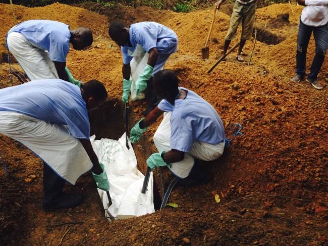 140718-ebola-virus-kailahun-sierra-leone-01
