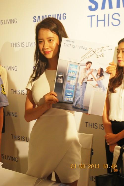 140801-samsung-living-hcm-song-ji-hyo--048_resize