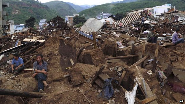 140803-china-earthquake-yunnan-03