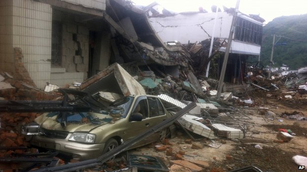 140803-china-earthquake-yunnan-04