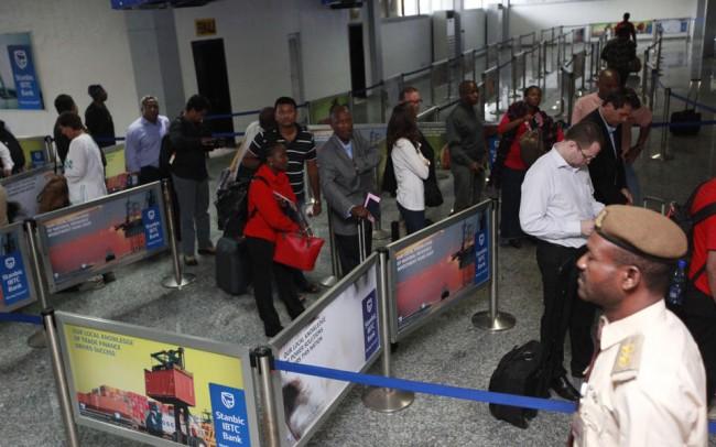 140804-ebola-virus-nigeria-murtala-lagos-airport-03