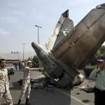 Máy bay rơi ở Iran làm 39 người chết