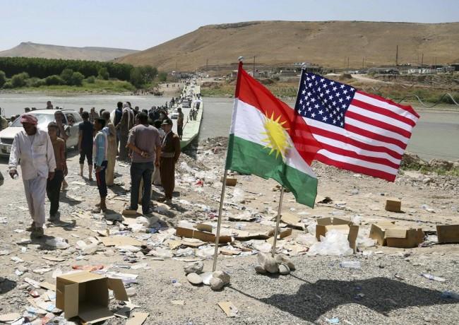 140810-iraq-yazidi-refugees-12