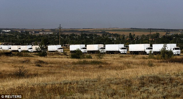 140822-A_Russian_convoy_of_truck