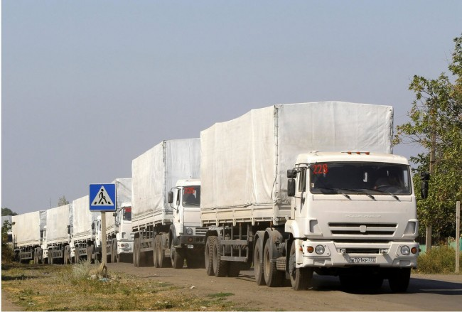 140823-ukraine-russia-trucks-return-01
