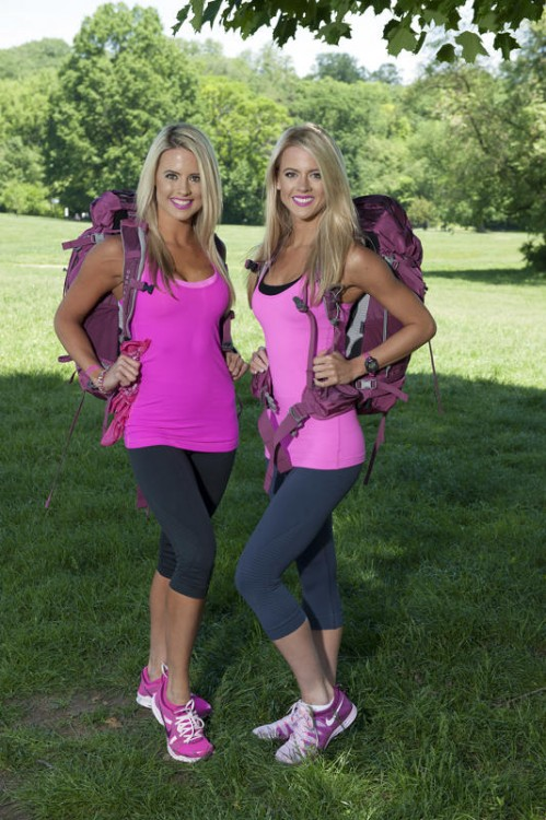 2014-The Amazing Race-25-Lisa Thomson, 28 and Michelle Thomson, 22
