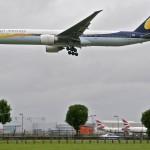 Máy bay rơi tự do vì phi công chính ngủ, phi công phụ mải mê tablet