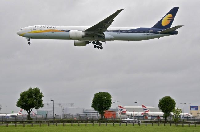 Jet_Airways_Boeing_777-300ER