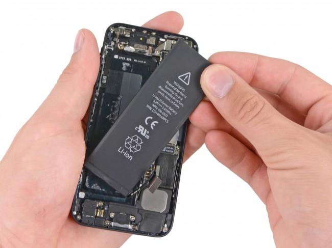 iphonẹ5-battery-change-04