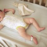 Chiếc vòng chân theo dõi tình trạng của trẻ sơ sinh