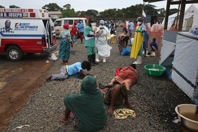 140827-ebola-west-point-africa-03