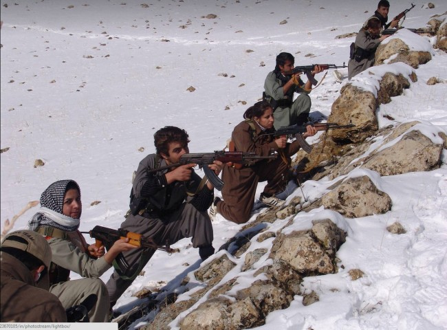 Female Kurdish fighters-syria-08