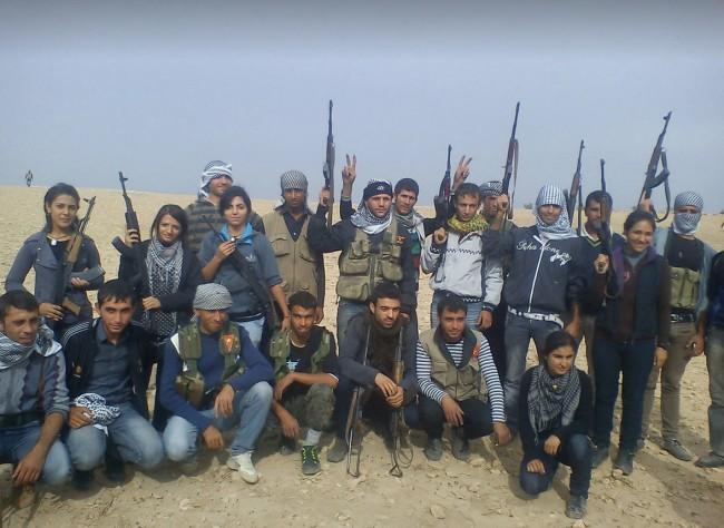 Female Kurdish fighters-syria-15